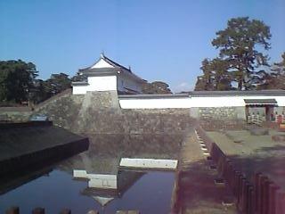 小田原城入り口