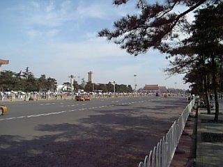 天安門広場横