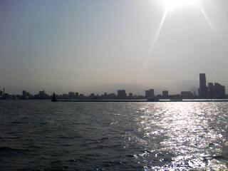 横浜港の真ん中