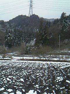 道の駅から山を望む