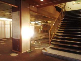 階段のところ