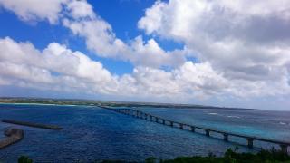 宮古島をつなぐ橋