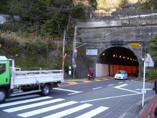 熱海城下のバス停